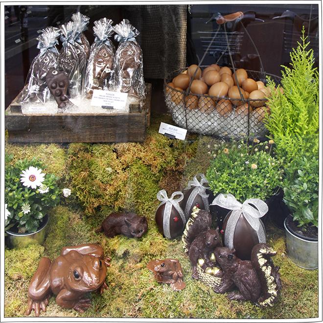 JC Rochoux - Vitrine Pâques Chocolat - Petits Béguins